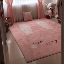 Tavşan Desenli Çocuk Odası Halısı